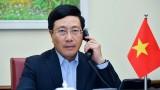 越南政府副总理兼外交部长范平明同马尔代夫外交部长阿卜杜拉·沙希德通电话