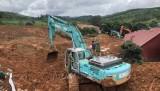 广治省向化县泥石流事故:已找到11具尸体 动员所有力量进入现场抢险救灾