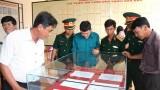 """""""黄沙长沙归属越南-历史证据和法律依据""""图片资料展在平顺省举行"""