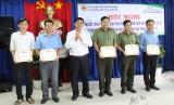 TX.Tân Uyên: Khen thưởng nhiều tập thể, cá nhân có thành tích trong công tác bảo vệ an toàn hành lang lưới điện cao áp