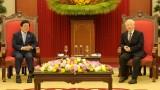 越共中央总书记、国家主席阮富仲会见韩国国会议长朴炳锡