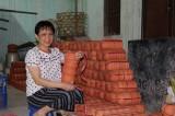Bà Vương Khôn Oanh: Sẻ chia trách nhiệm với cộng đồng