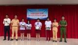 许多响应越南法律日的活动