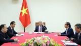 越南政府总理阮春福与老挝总理通伦·西苏里通电话