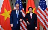越南政府副总理兼外长范平明与美国国家安全顾问罗伯特·奥布莱恩会谈