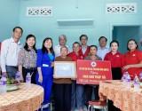 Trao tặng nhà chữ thập đỏ cho hộ khó khăn ở TP.Thuận An