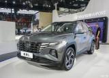 Hyundai ra mắt Tucson bản trục cơ sở dài
