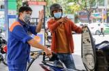 Giá xăng dầu tiếp tục tăng mạnh