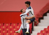 """Giải ngoại hạng Anh, Aston Villa - Tottenham: """"Gà trống"""" cất cao tiếng gáy"""