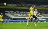 Tottenham lại rơi chiến thắng