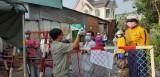 Phong tỏa các lối vào Trường đại học Thủ Dầu Một