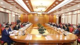 越共第十三届中央政治局、中央书记处召开第一次会议对若干重要问题进行讨论并作出决定