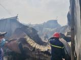 Đã dập tắt đám cháy 5 ki ốt gần chợ 185 Thuận Giao