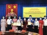 土龙木市:突出表彰在科技竞赛中获得出色成绩的学生