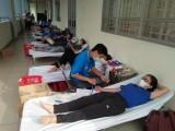 Người dân TP.Thuận An tham gia hiến máu tình nguyện