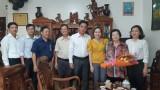 Lãnh đạo tỉnh Bình Dương, Sở Y tế thăm, chúc mừng cán bộ y tế nghỉ hưu