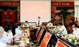 值越南医师节之际平阳省领导走访慰问医疗卫生干部人员队伍并致以节日祝福