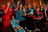 Deb Haaland - Người Mỹ bản xứ làm nên lịch sử