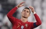Ronaldo im tiếng trong trận thắng Azerbaijan