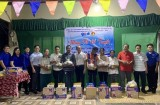 Thị đoàn Bến Cát phối hợp tổ chức tết cổ truyền cho thanh niên công nhân dân tộc