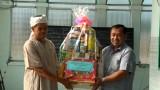 Lãnh đạo huyện Dầu Tiếng thăm đồng bào dân tộc Chăm nhân tháng Ramadan