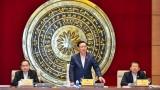 越南国会主席王廷惠与国会对外委员会举行工作座谈会