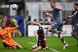 Milan đá Juventus ra khỏi tốp 4
