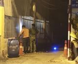 Lao xe máy vào vách tường khiến 2 người tử vong