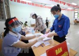 Cử tri Việt Nam đi bầu cử trong điều kiện bảo đảm an toàn phòng dịch