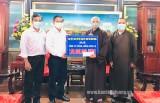 Các tổ chức tôn giáo ủng hộ 200 triệu đồng cho công tác phòng, chống dịch Covid-19