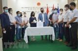 Người Việt tại Ai Cập ủng hộ Quỹ vaccine phòng, chống dịch COVID-19