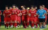 ĐT Việt Nam rèn kỹ chiến thuật trước trận gặp UAE