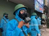 Phòng Hóa học Quân đoàn 4 hỗ trợ phun khử khuẩn ở TP.Thuận An
