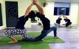 Yoga trực tuyến vì sức khỏe cộng đồng