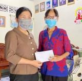 Ủy ban Mặt trận Tổ quốc Việt Nam phường Hưng Định (Tp.Thuận An): Trao hỗ trợ đột xuất cho các hộ gia đình khó khăn