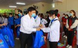 Volunterring students of Lam Dong province come to Binh Duong province to assist Covid-19 prevention and control