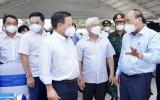 Chủ tịch nước Nguyễn Xuân Phúc thăm Cơ sở 2 Bệnh viện dã chiến Bình Dương: Cố gắng làm hết sức mình để điều trị có kết quả tốt nhất cho bệnh nhân