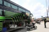 Xử lý xe khách vi phạm phòng chống dịch, đưa gần 10 công nhân về quê Hà Tĩnh